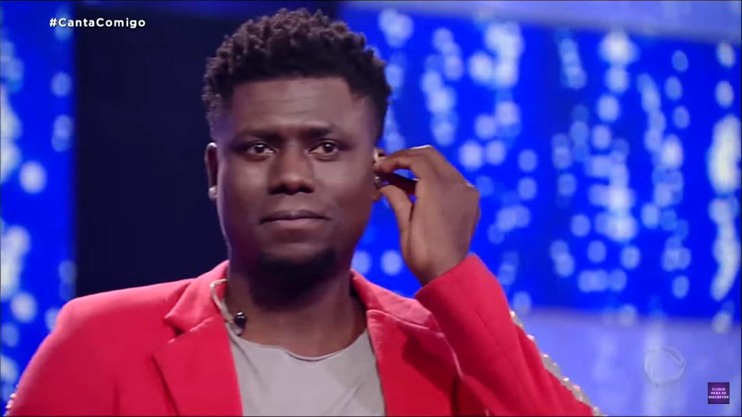 Franson é uma das vozes que passaram para a semifinal do Canta Comigo
