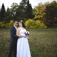 Wedding photographer Vera Pustovalova (VerkaLis). Photo of 10.09.2013