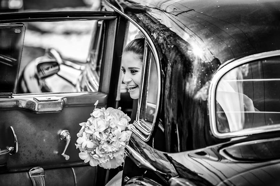 Wedding photographer Fabrizio Proietto (proietto_fine_a). Photo of 05.06.2015