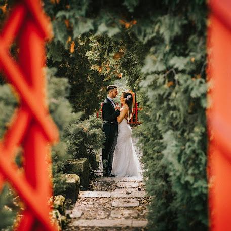 Wedding photographer Satmari Daniel (danielsatmari). Photo of 15.02.2017