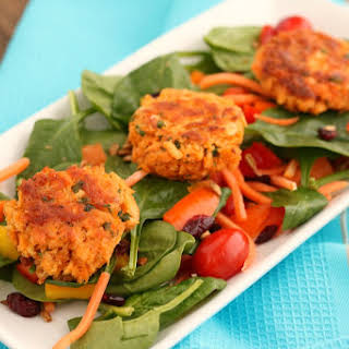 Easy Salmon Cakes made with whole wheat Panko Crumbs.