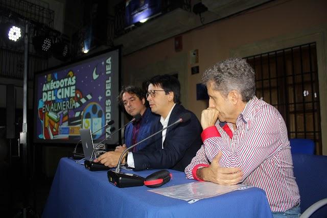 Juan Gabriel García, Manuel Guzmán y Eduardo del Pino De Vicente.