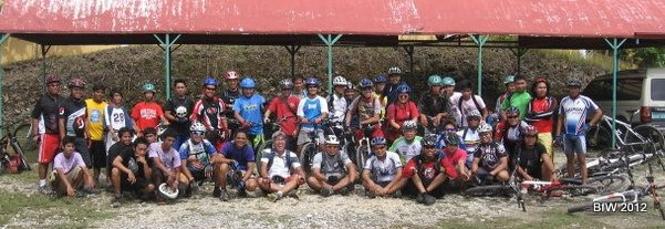 Photo: Bol Anon Cyclists with ALS riders