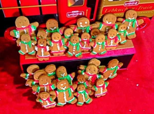 Gingerbread Man Biscuits Recipe