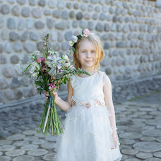 Vestuvių fotografas Nika Pakina (Trigz). Nuotrauka 17.07.2019