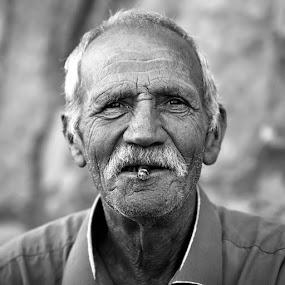 ST by Luca Bonisolli - People Portraits of Men