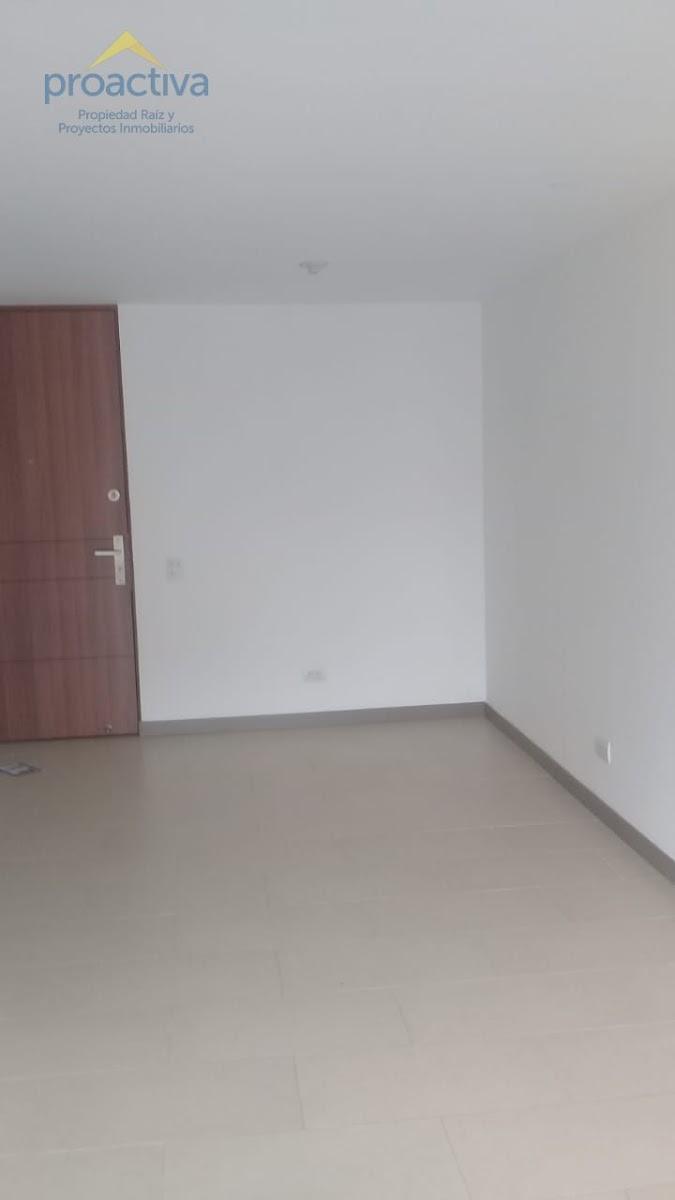 apartamento en arriendo loma de las brujas 497-7302