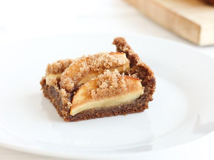 Apple Pie Brown Butter Blondies Recipe