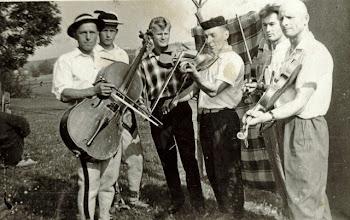 """Photo: Bukowski Bronisław , Bukowski Roman , Pałka Tadeusz , Tylka Władysław , NN, Stanisław Tylka """"Malan""""."""