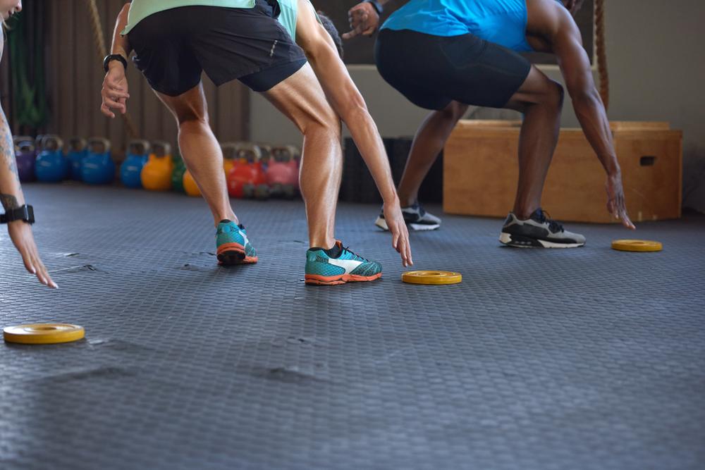 Circuitos permitem queima calórica eficiente sem abandonar fortalecimento muscular. (Fonte: Shutterstock)