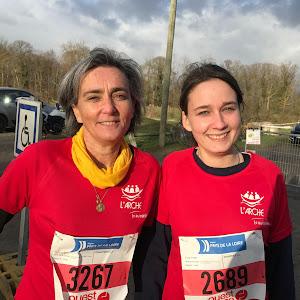 Soline et Alix Chartier courent au Cross Ouest France pour soutenir L'Arche La Ruisselée !