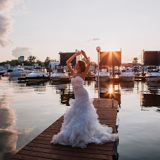 Wedding photographer Irina Fedoseenko (irchik0304). Photo of 17.08.2016
