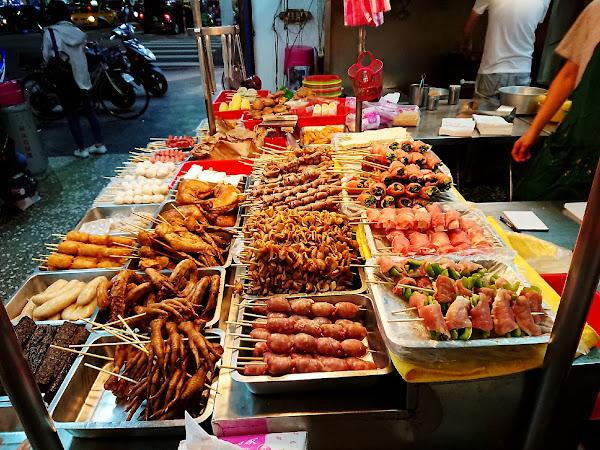 後港碳烤雞排- 新莊在地人推薦必吃燒烤 鹹酥雞 排隊人潮很誇張 @新莊丹鳳