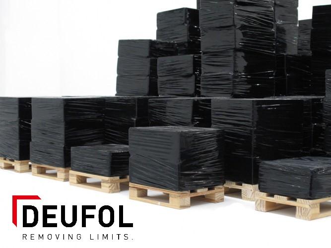 Stretch foil on roll - black.