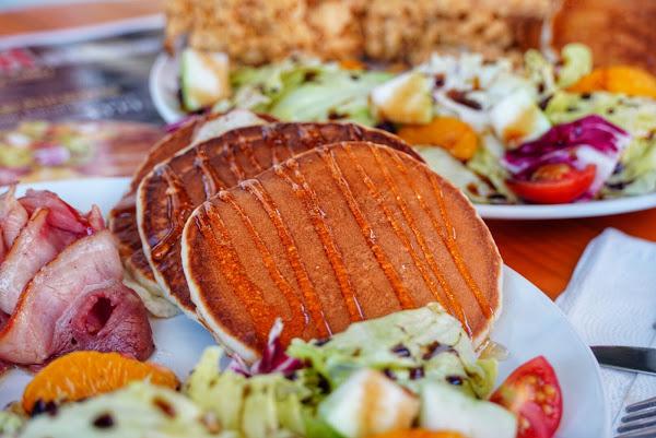 脆司肯美式炸雞 推出假日限定的早午餐 鬆餅還能吃到飽!鬆餅控快衝! 高雄美食|文藻外語大學