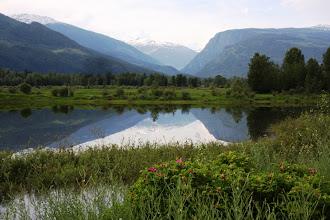 Photo: Revelstoke - Columbia River