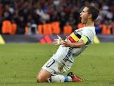 """Ploegmaat lyrisch: """"Hazard kan net zo goed worden als Messi!"""""""