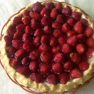 Glazed Fresh Strawberry Pie With Cookie Crust