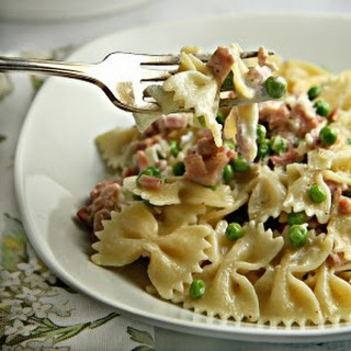 Creamy Pasta with Ham and Peas