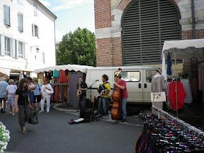Photo: Buskers, market at Cahors