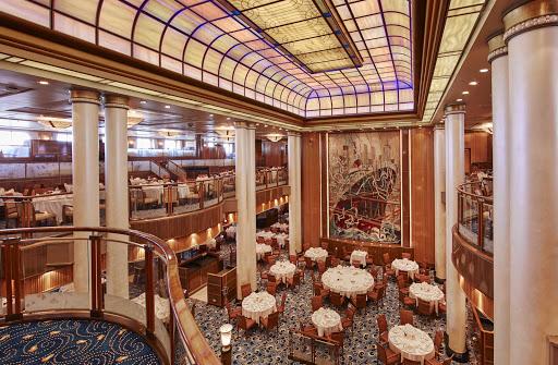 QM2-Britannia-Restaurant.jpg - The Britannia Restaurant for Britannia suite guests on Queen Mary 2.