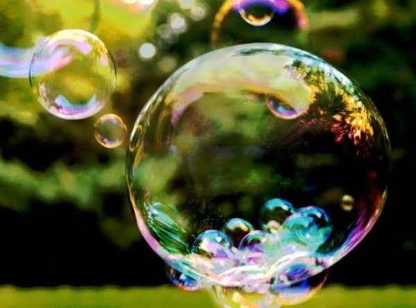 This Recipe And Pic Come From:http://www.gratefulprayerthankfulheart.com/2010/08/giant-bubbles.html