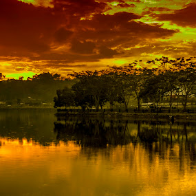 Sunset in Folders by Agung Blade - Landscapes Sunsets & Sunrises ( mountain, waterscape, sunset, lake, waterscapes )