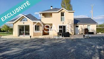 maison à Miré (49)