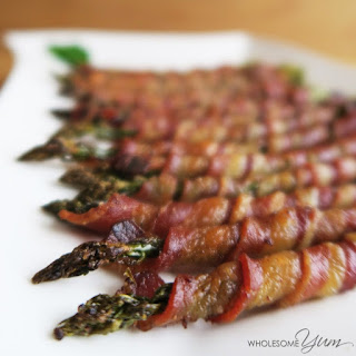Crispy Bacon Wrapped Asparagus (Paleo, Low Carb).
