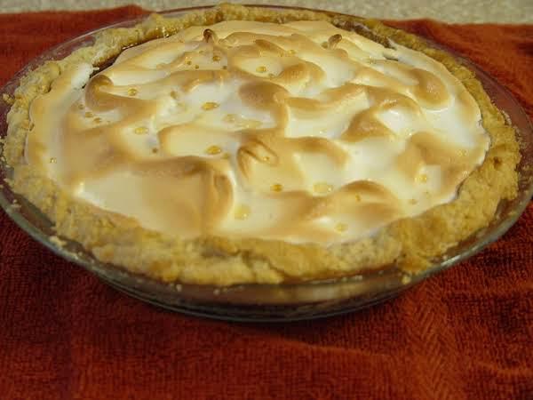 Miss Doris Lee's Caramel Pie Recipe