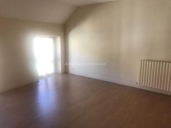 Vente divers 10 pièces 248 m2