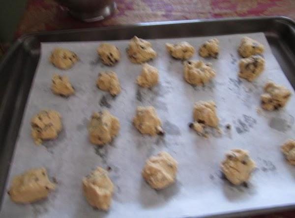 Preheat oven 375Cream sugars,& marg/butter & shortening togetheradd eggs & vanilla,mix in till blended