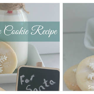 Easy Shortbread Snowflake Cookie.
