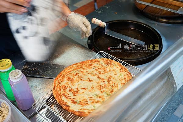 何佳佳蔥油餅-西子灣店