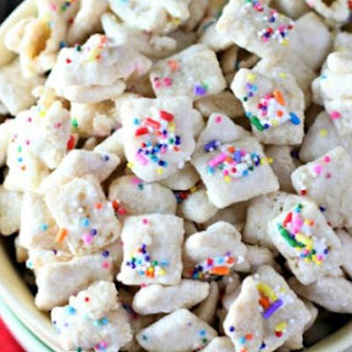 Spring Pudding Chex Mix.