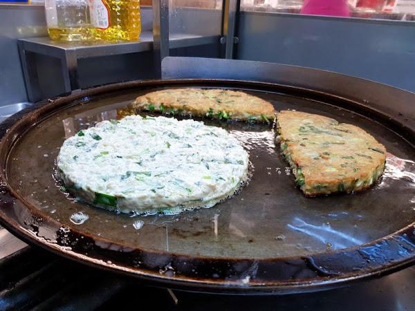 歐記古早味瓠仔煎 軟Q厚實的粿口感~自由黃昏市場美食。