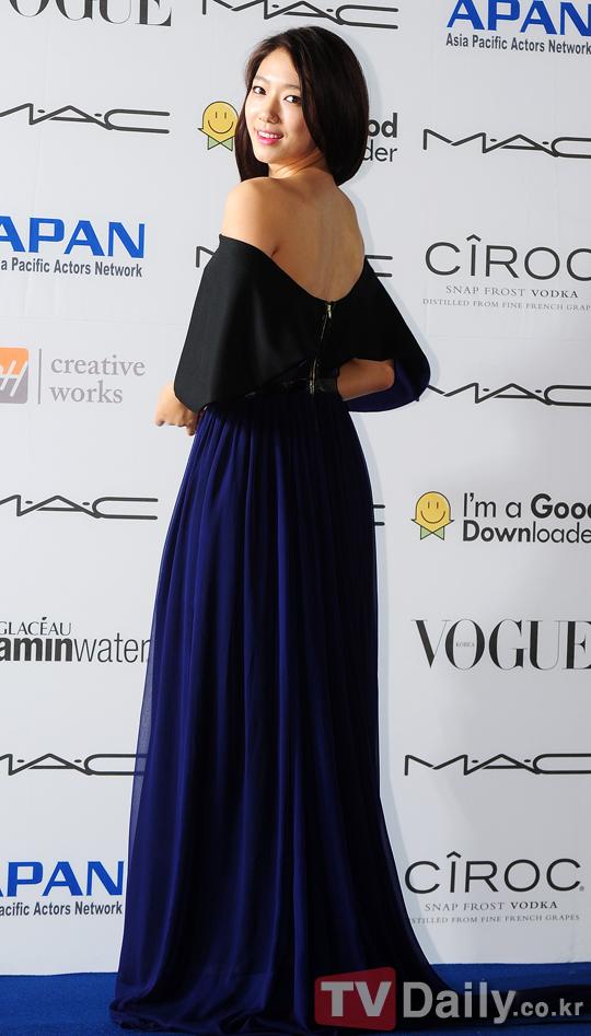 shinhye gown 45