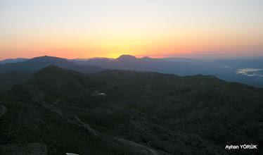 Photo: Nemrut Dağı'nda güneş doğuyor. Saat: 05:02 Karadut Köyü-Kahta-Adıyaman- 22.05.2016 Mezopotamya (Gaziantep-Şanlıurfa-Adıyaman Nemrut Dağı)  Etkinliği. - 19-20-21-22 Mayıs 2016
