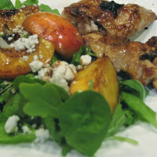 Grilled Chicken With Peaches and Arugula.