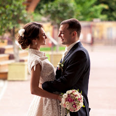Wedding photographer Nadezhda Vilkova (Arttema). Photo of 30.07.2015