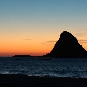 Bleiks island. by Kenneth Pettersen - Landscapes Sunsets & Sunrises ( sunset, bleiksøya, andøy, norway, island )