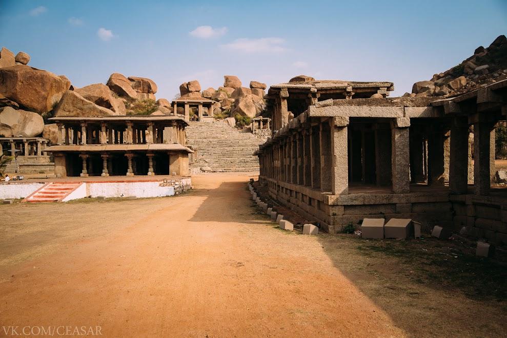 Развалины древних храмов, Хампи