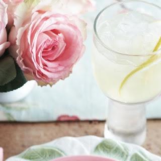 Chardonnay and Lemon Cocktail Recipe