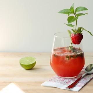 Fresh Strawberry Mojito Recipe