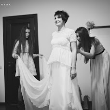 Wedding photographer Elena Zayceva (Zaychikovna). Photo of 11.06.2013