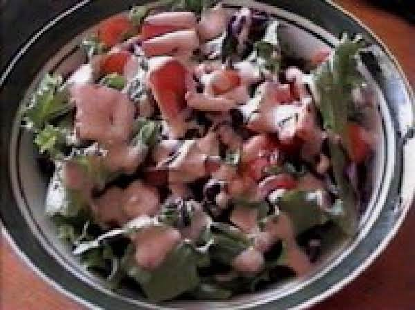 Delicious & Creamy French Dressing Recipe
