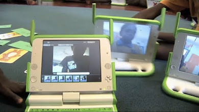Photo: Video-chatting capability of the XO-laptop.
