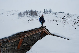 Photo: La neve arriva al tetto!!