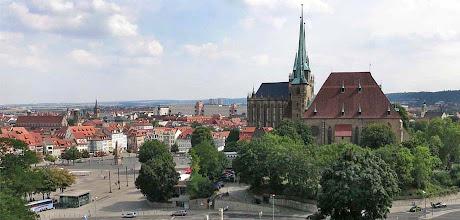 Photo: Zitadelle Petersberg - Blick zum Erfurter Dom und zum Domplatz.