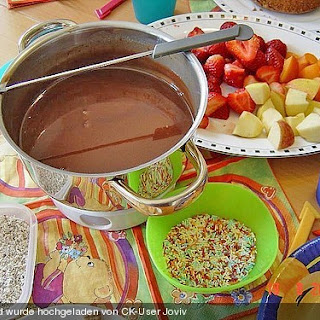 Schokoladen - Obst - Fondue